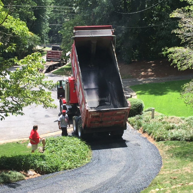 Residential driveway resurface Roswell, GA